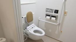 総合医療センターモデル個室1トイレ.JPG