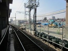 駅西側20日の様子 (1).JPG
